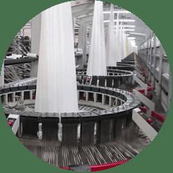 Công đoạn dệt bao của công ty sản xuất bao bì Dương Vinh Hoa